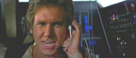 Han congratulates Luke on his success !