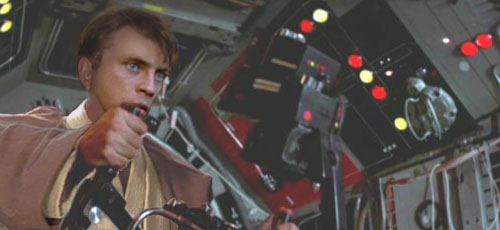 Luke opens fire against the pursuing TIE fighters !